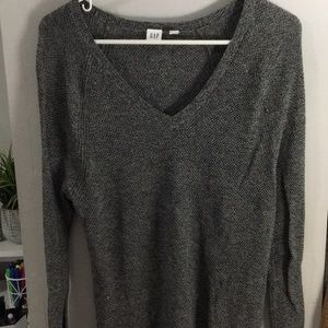 Gap grey knitted vneck sweater